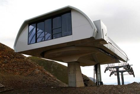 Shiny new Uni-G terminal that will never be used.  Photo credit: Sergio Macias on Panoramio.