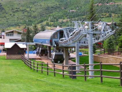 The bottom terminal is located in the heart of Vail Village and has a spacious loading area.