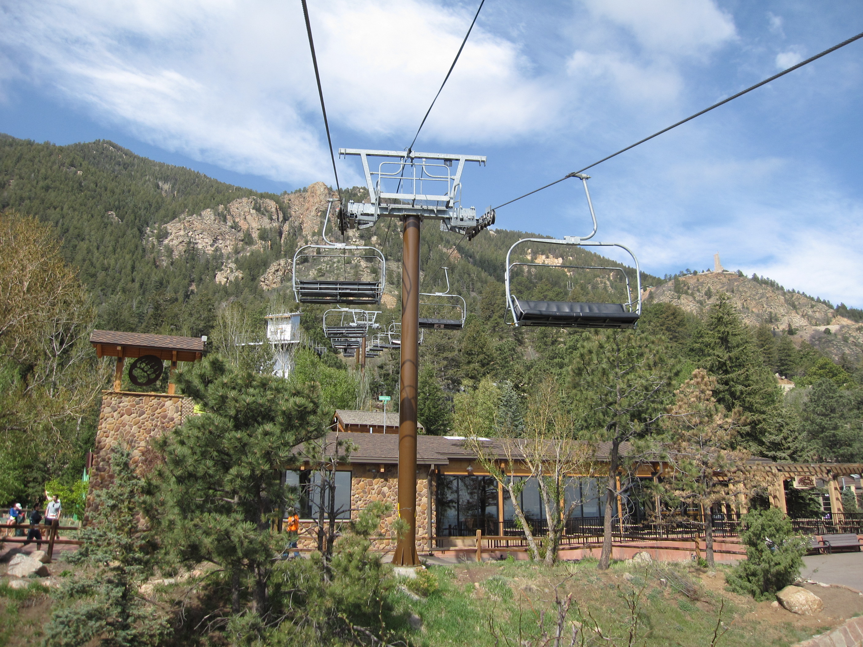 Mountaineer skyride cheyenne mountain zoo co lift blog for Mountain view motors colorado springs co