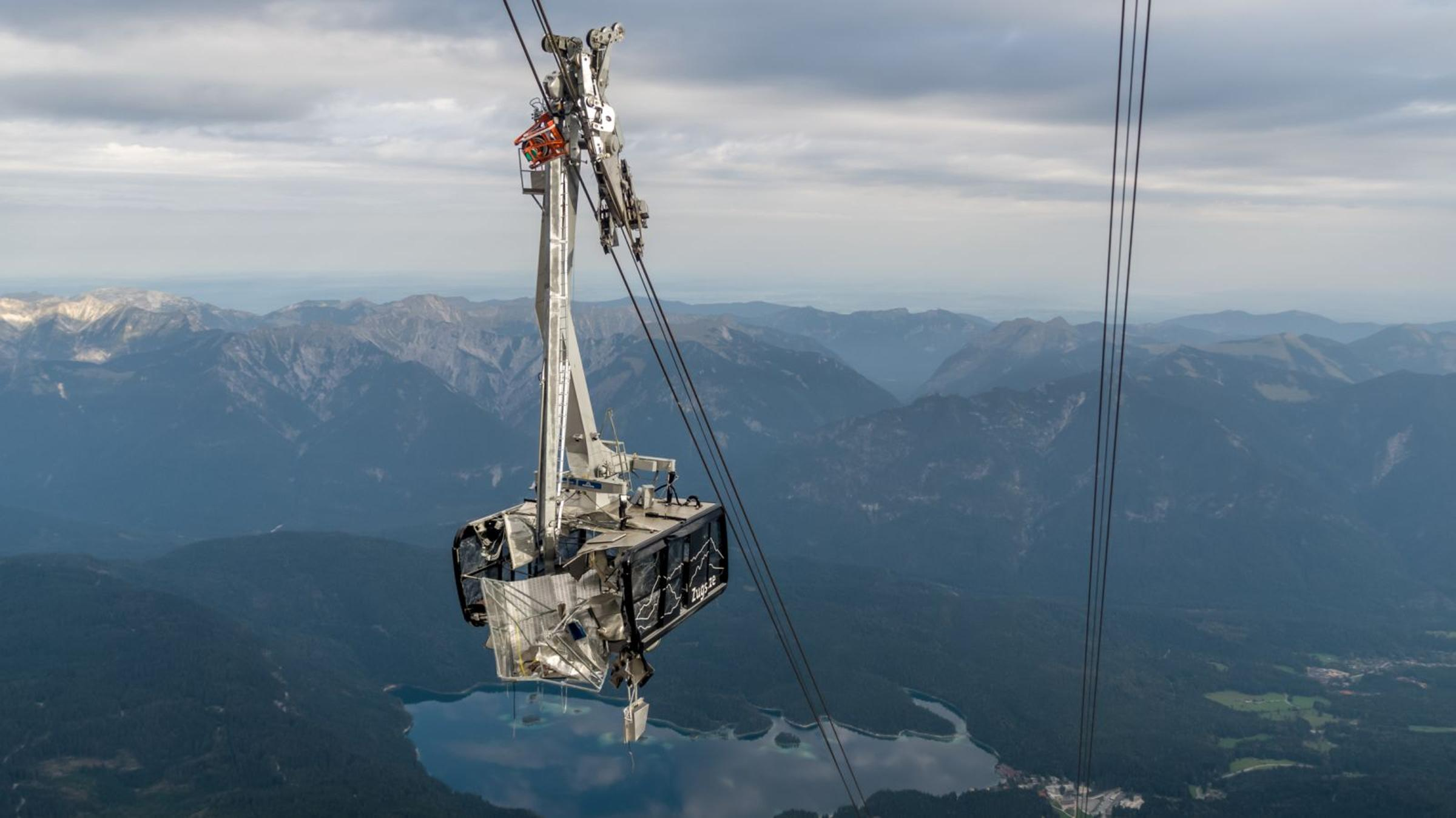 Runaway Equipment Damages the Zugspitze Cable Car – Lift Blog